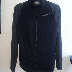 Nike light weight dri-fit Jacket